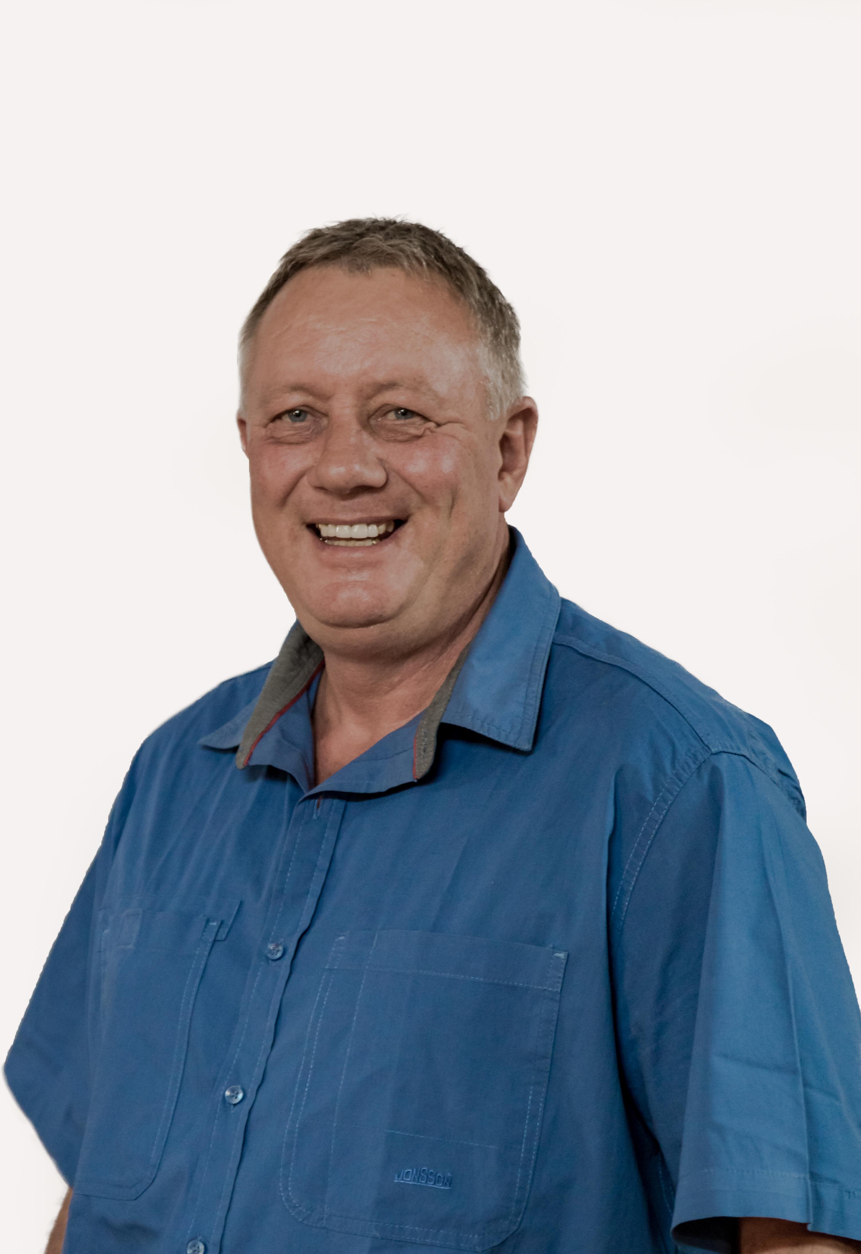 Mr. Henry Geldenhuys : Deputy President